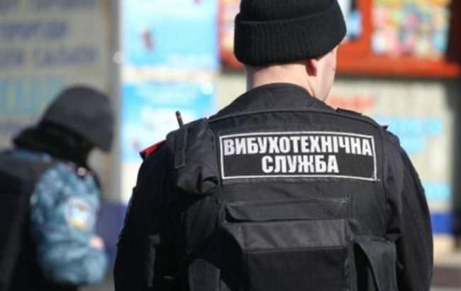 На Вовчинецькій на газоні знайшли військовий снаряд (ФОТОФАКТ)