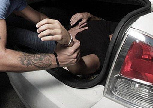 Викрадення людини на Калущині: поліція спіймала одного з причетних