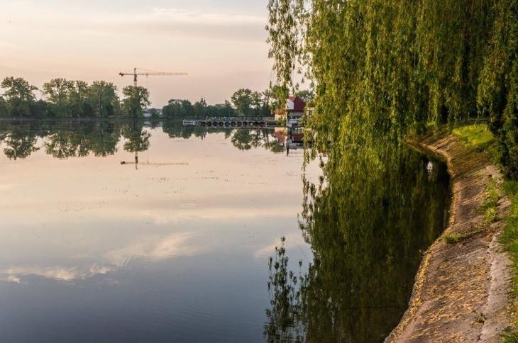 Освітлення озера повністю завершать до кінця року, а миготіння приберуть, – Смушак (ВІДЕО)