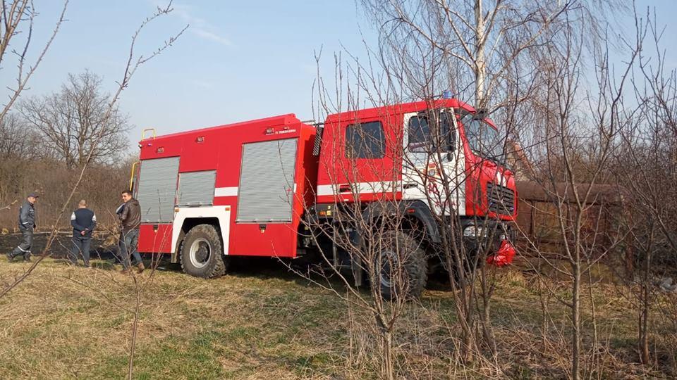 На пожежі у Ворохті двоє людей отримали опіки