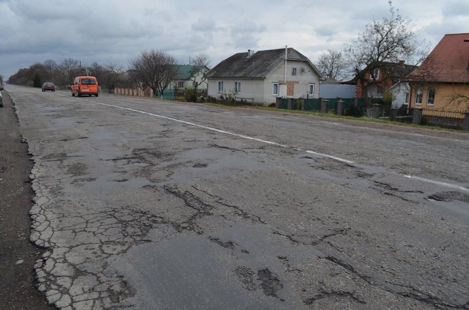 У Калуському районі відновився ремонт дороги Франківськ-Львів