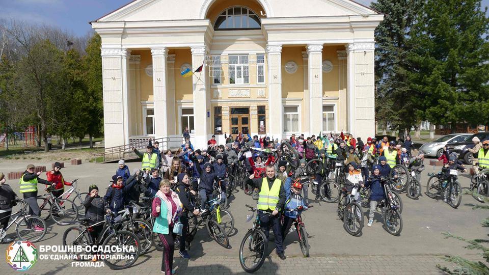 На Рожнятівщині до Дня здоров'я провели велопробіг (ФОТО)