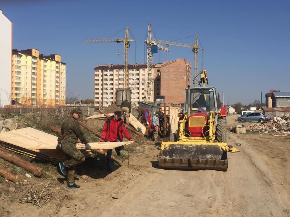 На Хіміків розпочали будівництво житла для учасників АТО (ФОТО)