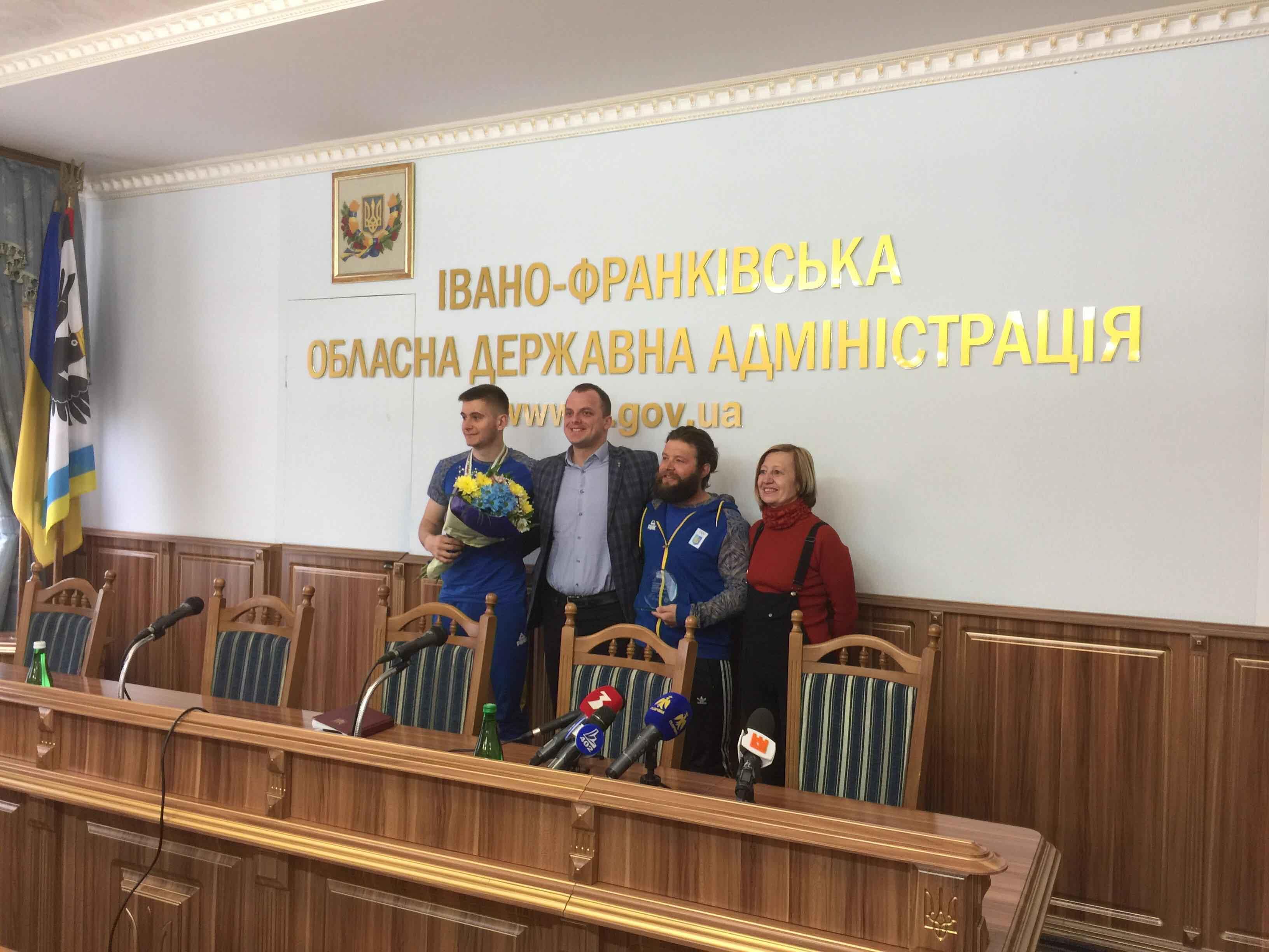 Юний прикарпатець розповів про перемогу на чемпіонаті світу зі сноубордингу (ФОТО)