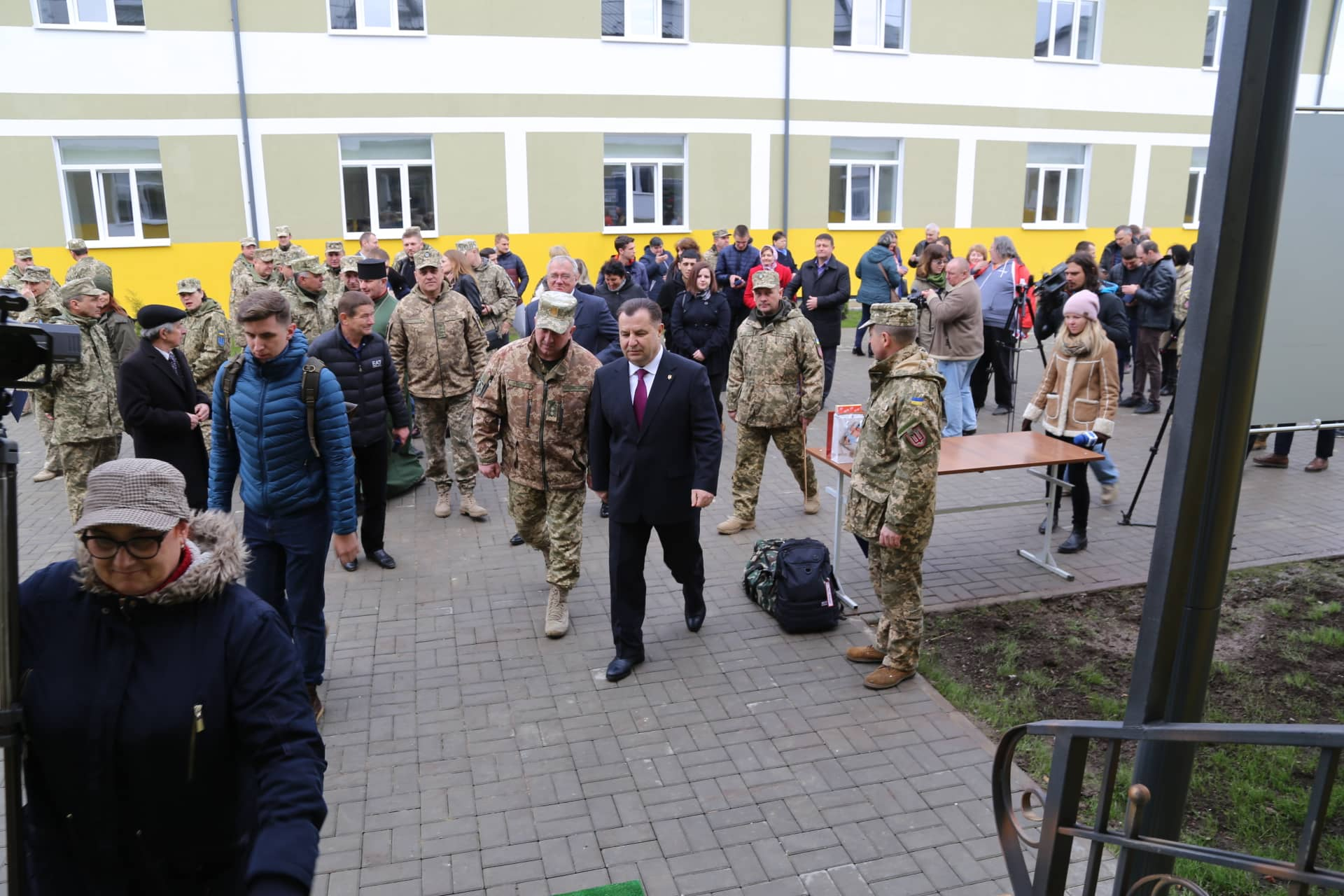 На Прикарпаття прибув Міністр оборони – перевірив тил десятої бригади (ФОТО)