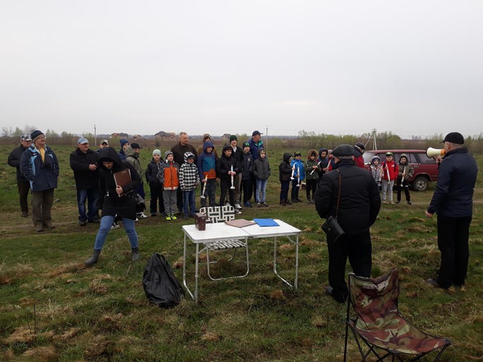 Понад 30 франківських школярів змагалися у моделюванні й запуску ракет і планерів (ФОТО)