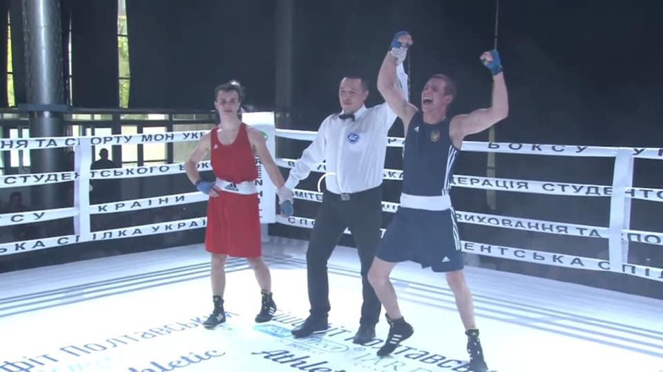 Франківець переміг на Чемпіонаті України з боксу серед студентів та став майстром спорту (ФОТО)