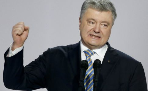 Порошенко заявив, що актор не може вести війну з Путіним