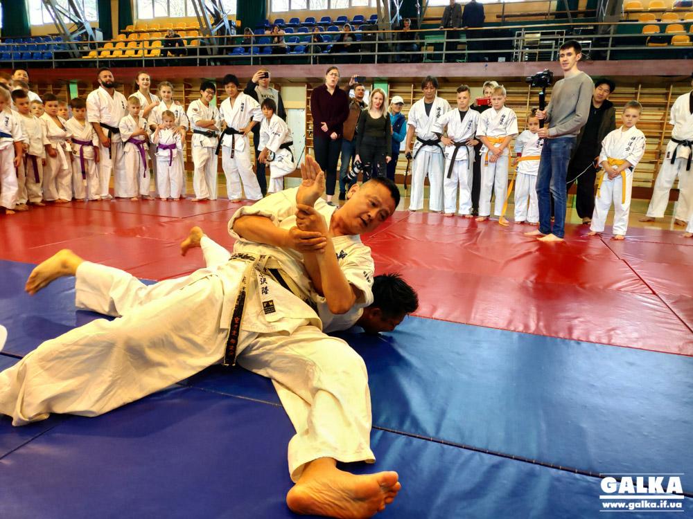 Засновник Зендокай карате з Японії провів тренування для івано-франківських спортсменів (ФОТО)