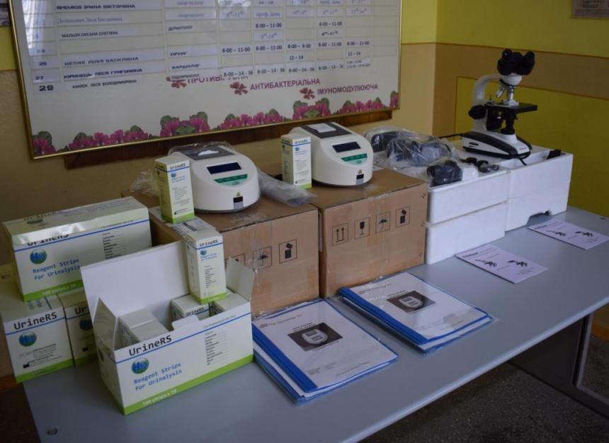 Центр первинної медичної допомоги у Долині отримав нове обладнання (ФОТО)