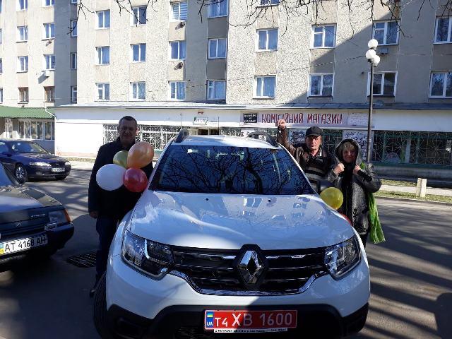 На Снятинщині для нової амбулаторії придбали автомобіль (ФОТОФАКТ)