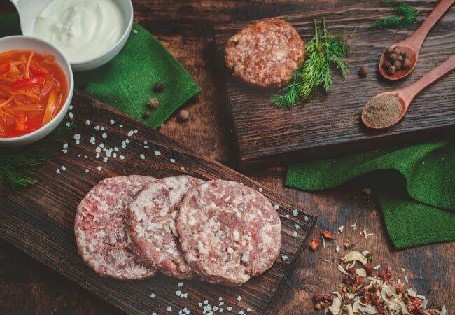Галка рекомендує: як часто можна їсти ковбасу