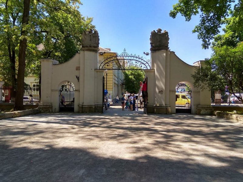 На День Незалежності палац Потоцьких стане ареною для міжнародного чемпіонату зі змішаних єдиноборств