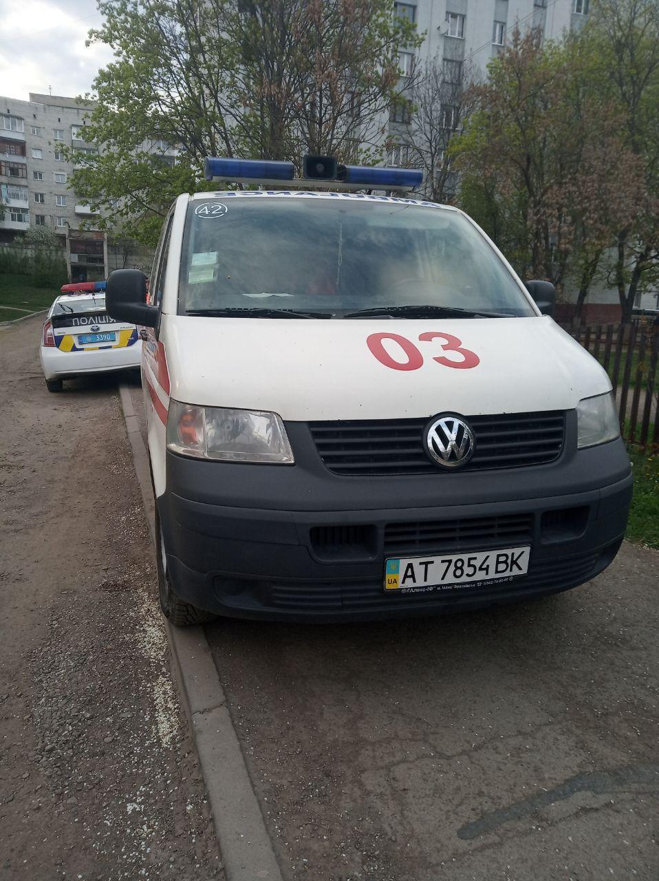 У Франківську п'яний водій швидкої привіз на виклик нетверезих лікаря і фельдшерку (ФОТО)