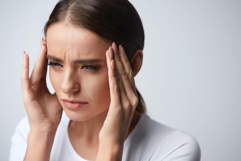 Галка не рекомендує: 5 небезпечних продуктів, від яких болить голова