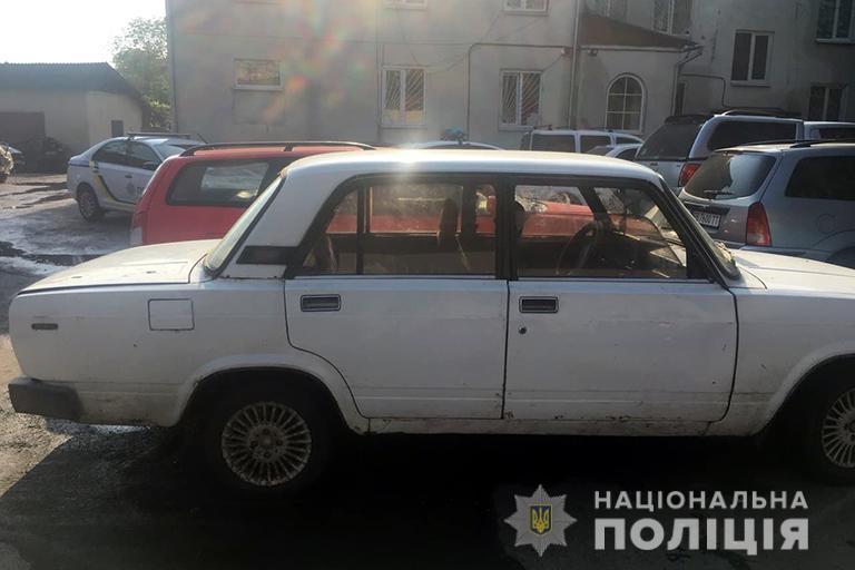 П'яний 22-річний прикарпатець вкрав машину в односельця (ФОТО)