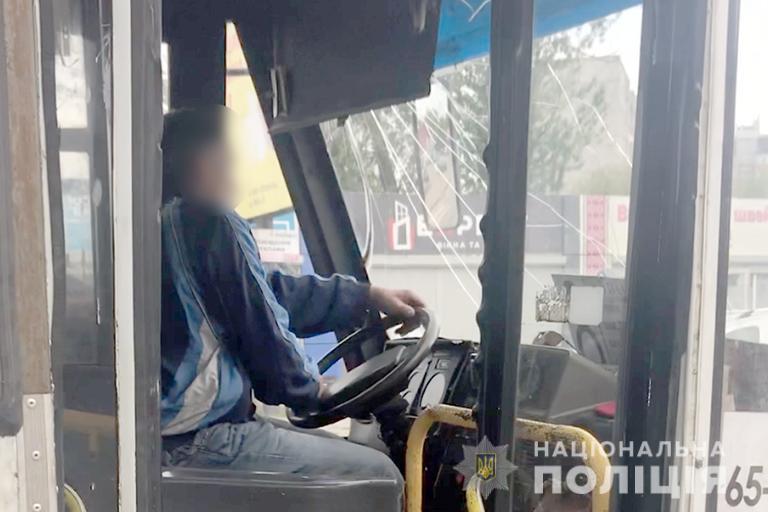 У Коломиї зупинили нетверезого водія міського автобуса (ФОТО)