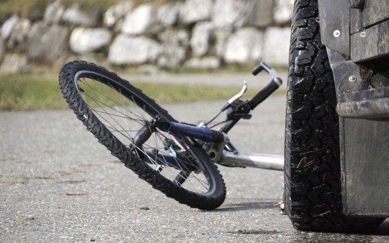 """У Рожнятові """"Тойота"""" зіткнулася з велосипедистом – останній не вижив (ФОТО)"""