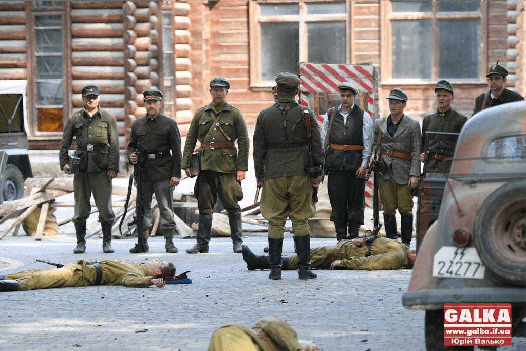 В Івано-Франківську відтворили історичний бій УПА проти Вермахту (ФОТОРЕПОРТАЖ)