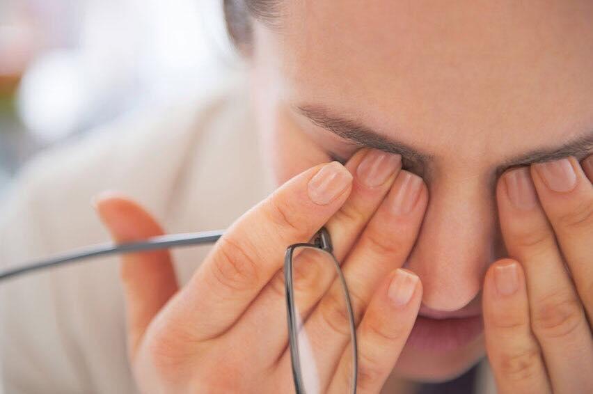 """Що таке синдром """"сухого ока""""? Консультація офтальмолога"""