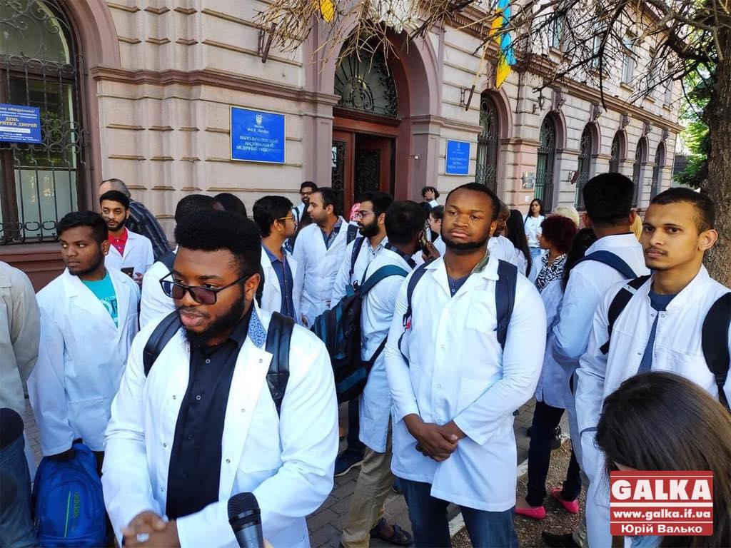 Супрун натякнула, що у Франківську студенти-медики саботували державні іспити, бо мають погані знання