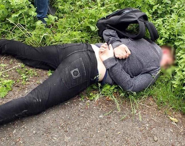 """На Городенківщині """"на гарячому"""" спіймали молодика, який торгував канабісом (ФОТО)"""