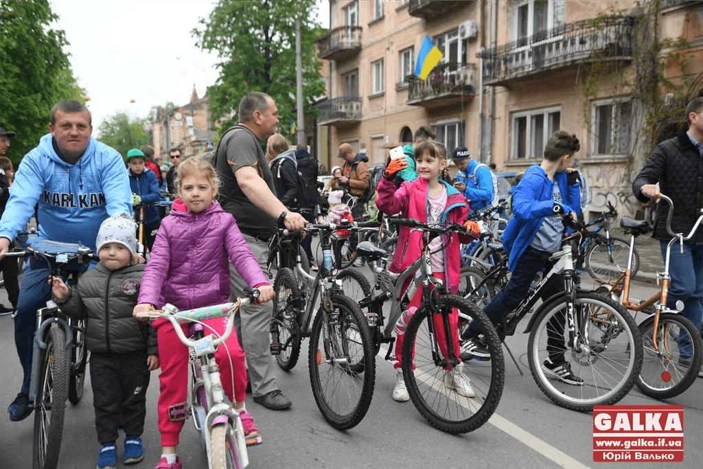 Тисячі франківців взяли участь у велопараді та встановили рекорд України (ФОТО, ВІДЕО)