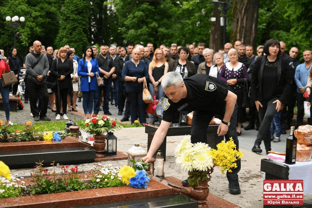 У Франківську вшанували шістьох бійців, які загинули п'ять років тому у збитому гелікоптері на Донеччині (ФОТО)