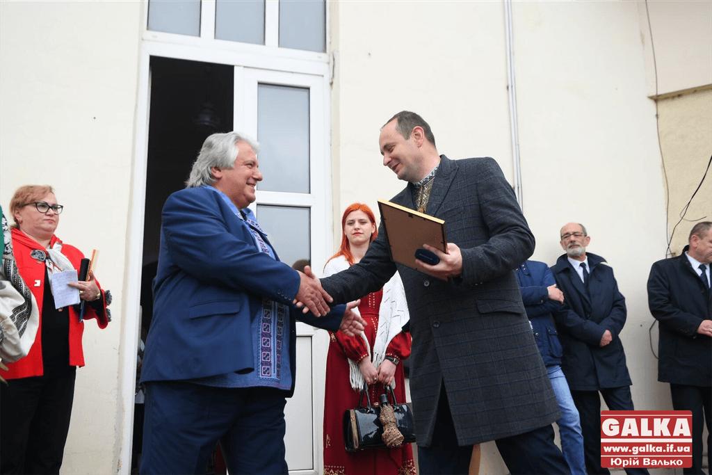 Франківським літераторам і журналісту вручили найвищу відзнаку міста (ФОТО)
