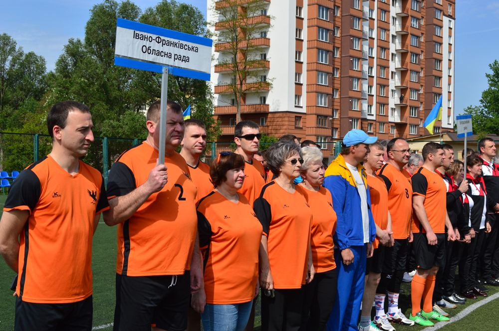 Обласна спартакіада: 14 депутатських команд змагаються за першість