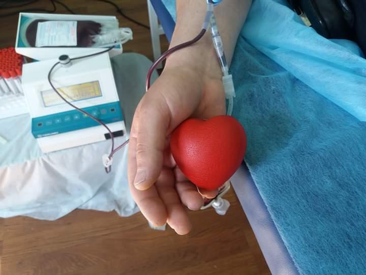Поліціянти охорони Прикарпаття здали кров для потребуючих (ФОТО)