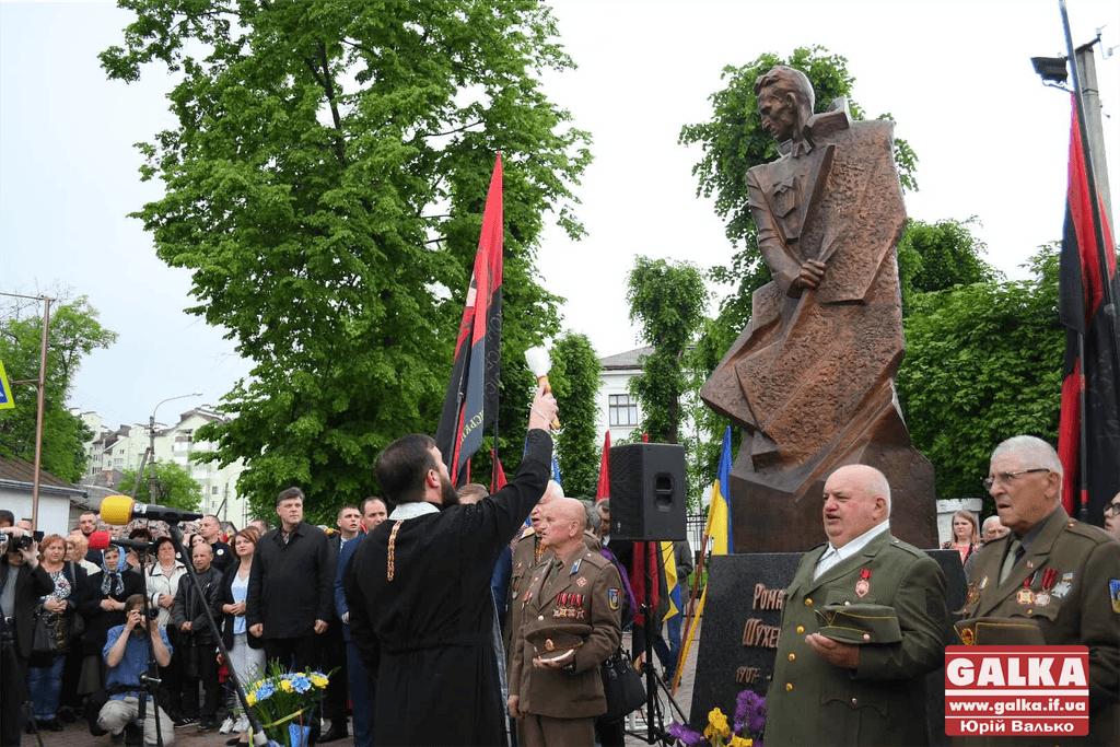 Польща та Ізраїль опротестували відкриття пам'ятника Шухевичу в Івано-Франківську