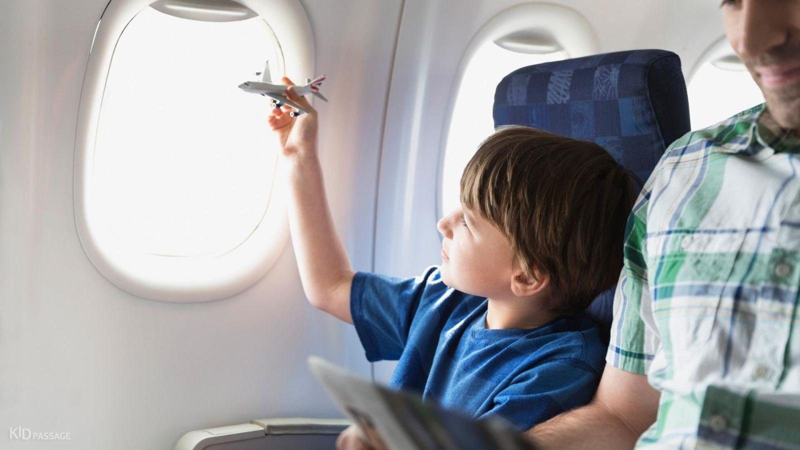 Галка рекомендує: як не захворіти у літаку