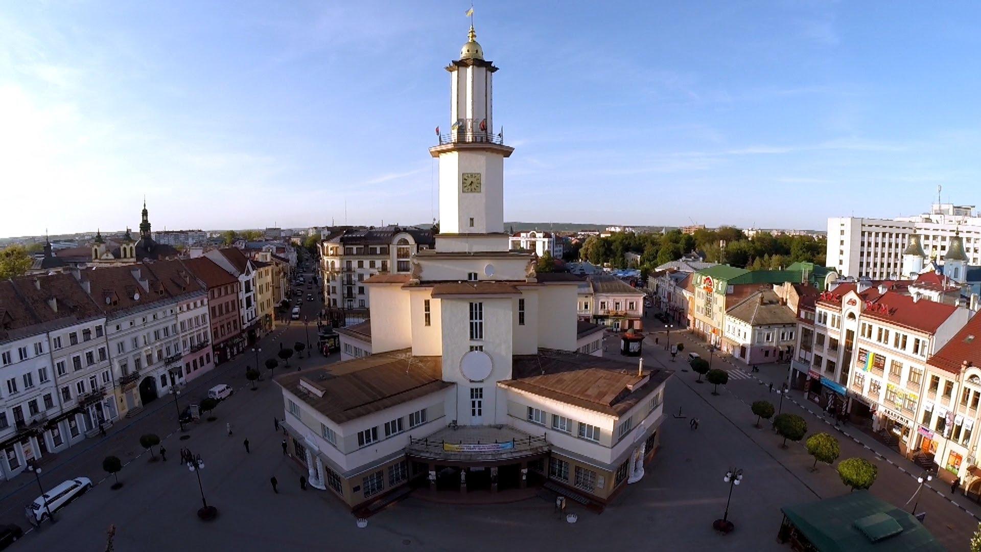 Мер Івано-Франківська опублікував зворушливе привітання до дня міста (ВІДЕО)