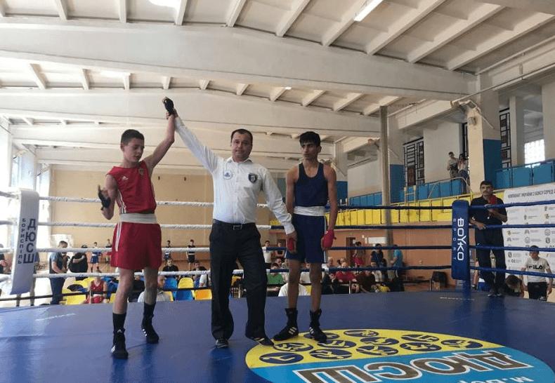 Чемпіонат України з боксу: юні франківські спортсмени – серед найкращих (ФОТО)