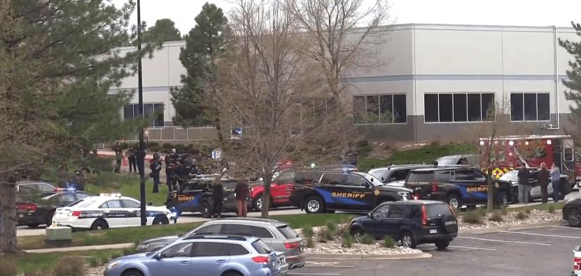 Двоє учнів відкрили вогонь у школі Колорадо: є загиблий