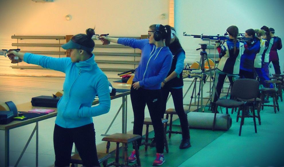 Снайперка з Прикарпаття вдало виступила на Всеукраїнських змаганнях (ФОТО)