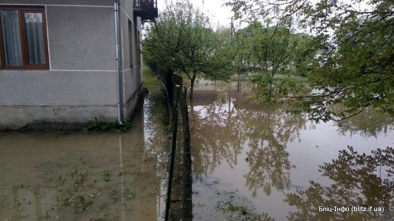 Прориву дамби не було: у Ямницькій ОТГ розповіли подробиці нічного затоплення (ФОТО)