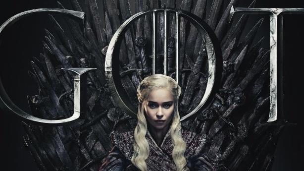 """Обурені фанати """"Гри престолів"""" вимагають перезняти 8 сезон серіалу. 700 тисяч підписів"""