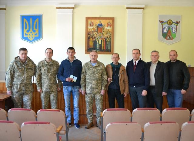 Найкращих військовослужбовців резерву Збройних Сил відзначили на Прикарпатті (фоторепортаж)