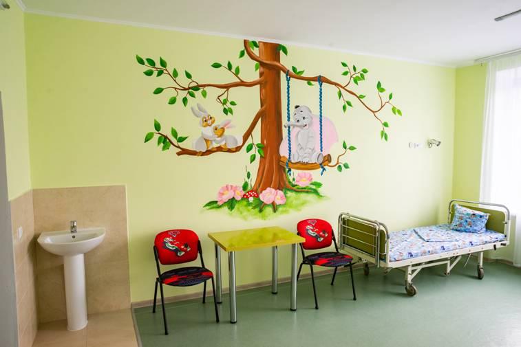 У Коломийській дитячій лікарні вперше за півстоліття відремонтували педіатричне відділення (ФОТО)