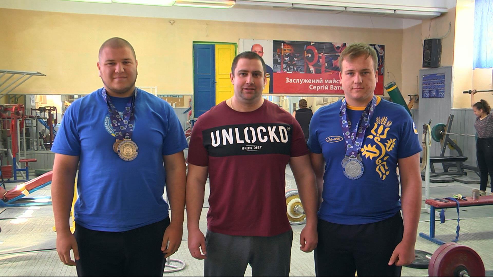 Прикарпатські пауерліфтери завоювали чотири медалі на чемпіонаті Європи в Чехії (ВІДЕО)