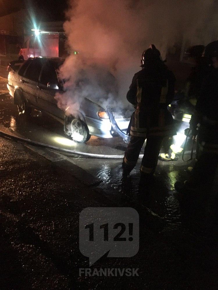У вівторок та в ніч на середу у Франківську горіли три машини (ФОТОФАКТ)