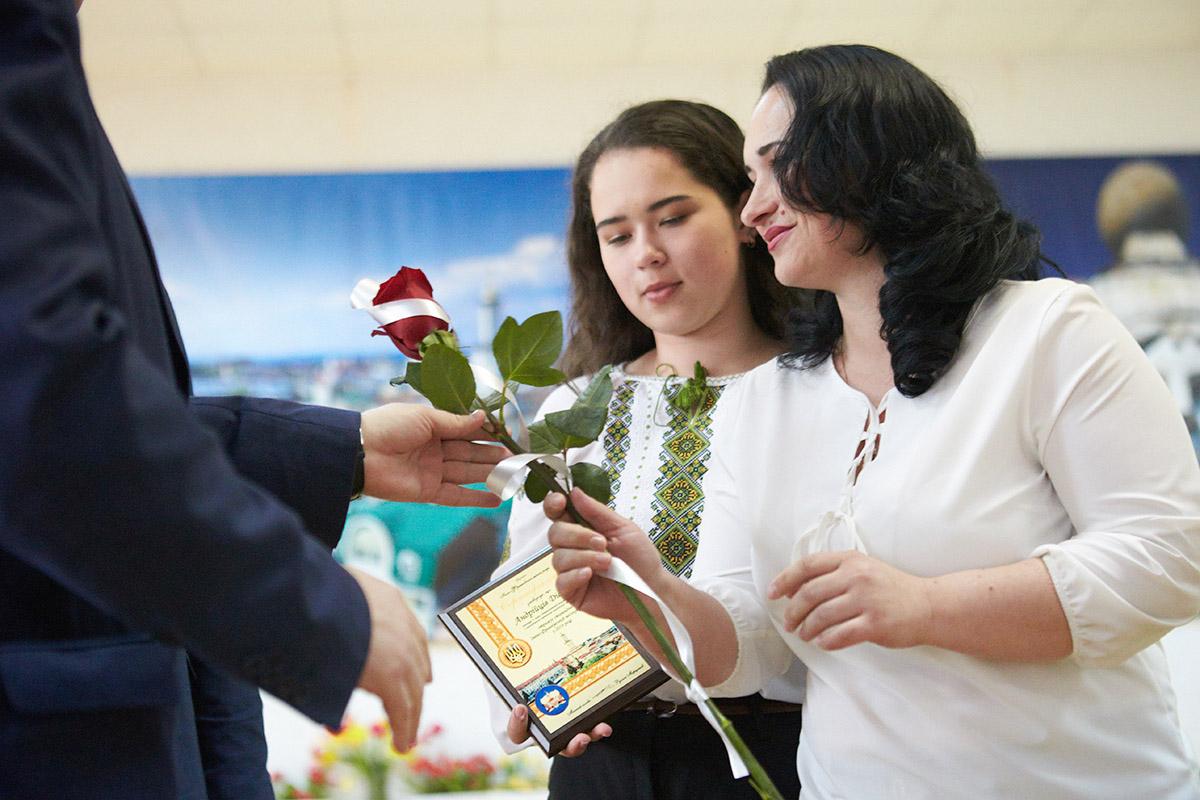Найкращих франківських учнів відзначили стипендіями від міської ради (ФОТО)