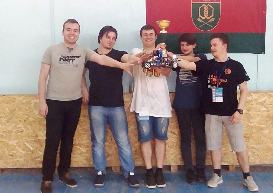 Франківські студенти перемогли на Всеукраїнській олімпіаді з робототехніки (ФОТО)