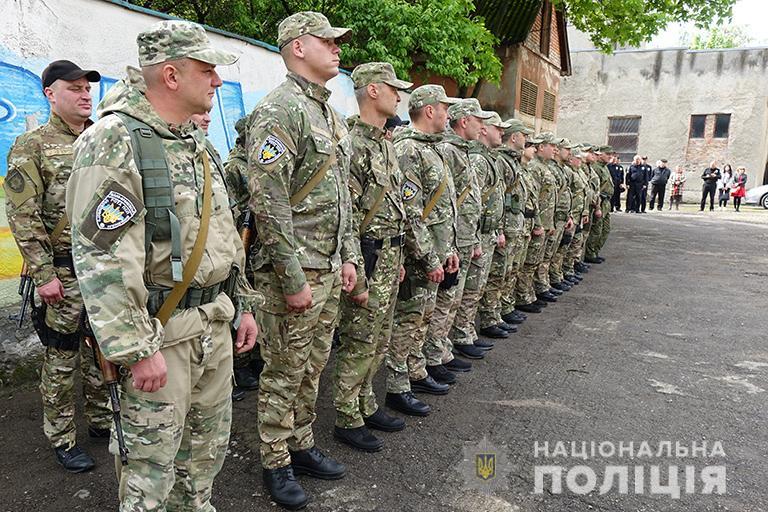 30 прикарпатських поліціянтів відбули на чергову ротацію в зону ООС (ФОТО)