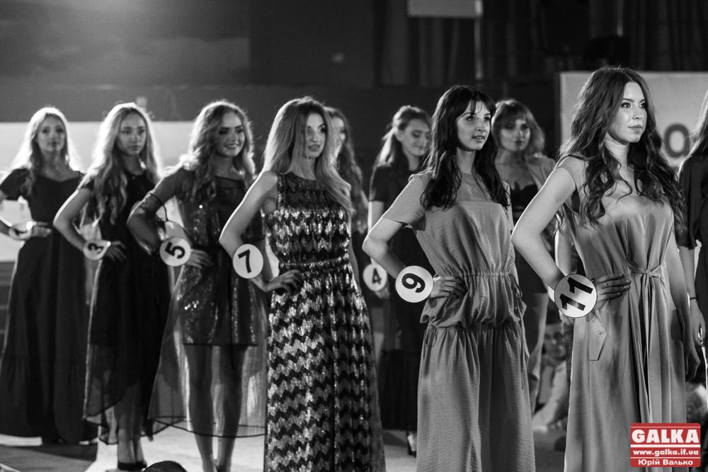 В Івано-Франківську відбувся конкурс краси та моди Star Face of the Season s's 2019 (ФОТО, ВІДЕО)