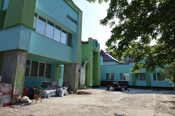 Протягом літа 66 франківських шкіл і садків капітально відремонтують, – Департамент освіти
