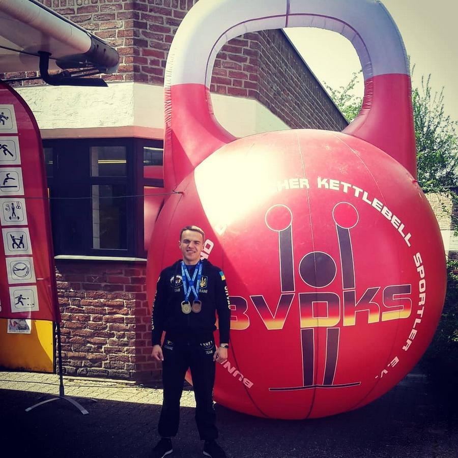 Франківський студент став чемпіоном Європи з гирьового спорту (ФОТО)