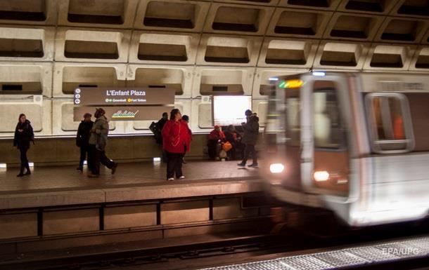У США вагон метро зійшов з рейок: постраждали 10 людей